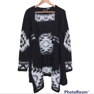 Romeo + Juliet Couture Sweater Open Front Drapey